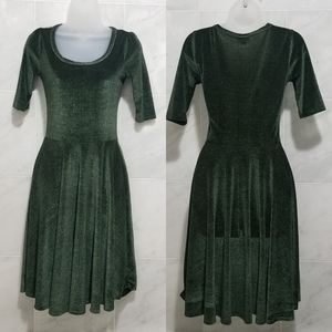 Lularoe Velvet Amelia Green Short Sleeve Dress
